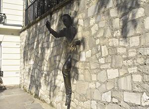 벽을 뚫는 남자 LE PASSE-MURAILLE